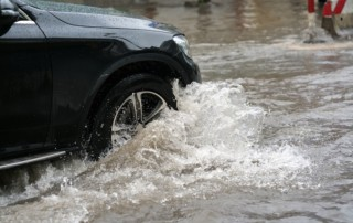 driving-in-flooded-streets